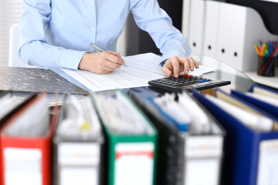 How Your Small Business Benefits When You Outsource Bookkeeping